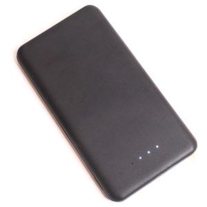 薄型・軽量モバイルバッテリー 8000mAh 2.5A出力